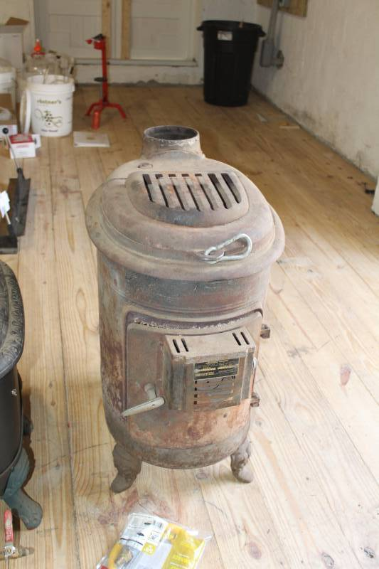 Antique Wood Stove By Ashley Automatic Nice Working