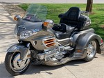 YOU'RE CLOSE!! - - RESERVE SET AT $18,500 !! - -2006 Honda Goldwing Trike