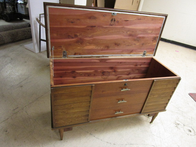 VINTAGE LANE CHEST | VINTAGE FURNITURE AND OTHER TREASURES ...
