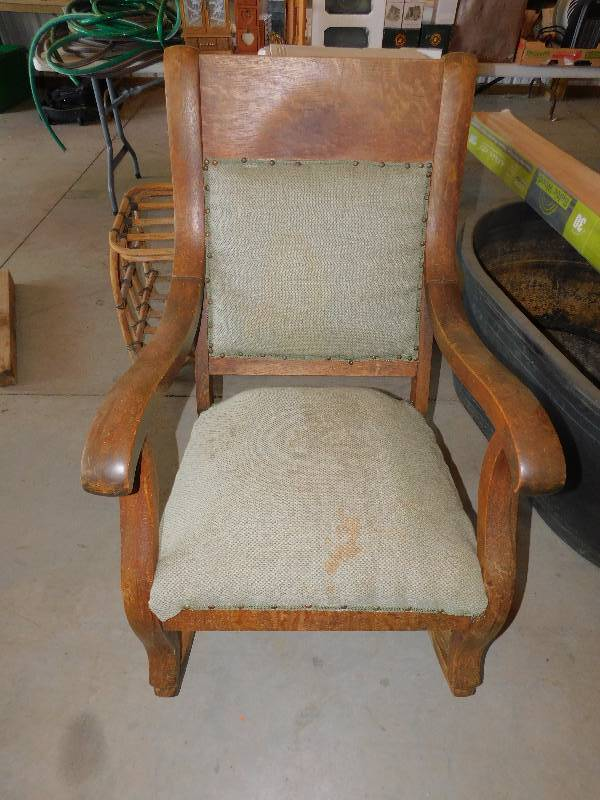 Vintage Wooden Rocking Chair Warehouse Clean Out Final Auction