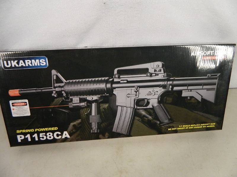 New AR15 / M4 style Airsoft Gun | Brand New Items, Patio