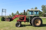 1972 Oliver 1755 Tractor with IH 2250 Loader