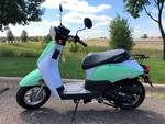 2018 Bintelli Breeze 49cc Scooter- New, Never Owned