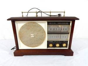 Vintage Westinghouse AM FM Tabletop Tube Radio