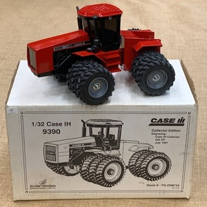 "Scale Models 1/32-Scale Case IH ""93..."