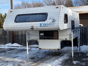"Fleetwood ""Elk-Horn"" Pick-Up Truck Camper"