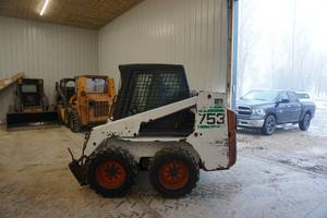 Early 2000 Bobcat 753G Skid Loader Skid Steer