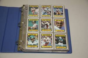 1983 Topps Football Complete Set in Pages with Binder