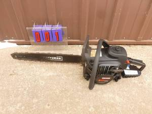 "Craftsman 20"" chainsaw. Lightly used. Tested & works. As Shown. *SEE TERMS"