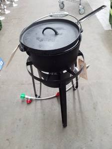 Bayou Classic Propane Deep Fryer with Fryer, Burner, Connections