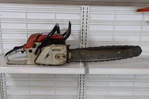 "Stihl 028 wb 20"" chain saw"