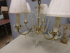 ANTIQUE CRYSTAL CHANDELIER WITH MATCHING TABLE TOP LAMPS