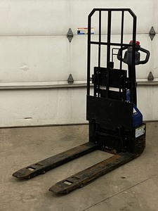 Big Joe Industrial Electric Hydraulic Pallet Jack