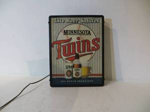 VINTAGE Light-Up Minnesota Twins 1987 World Champions Beer Sign