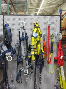Safety Harnesses, Lanyards & Retractables