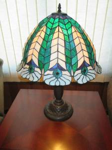 Table Lamp With Decrative Plastic S...