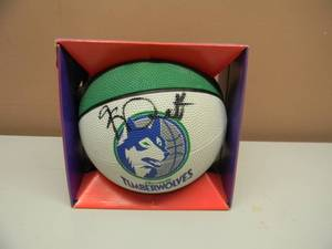 KEVIN GARNETT MINNESOTA TIMBERWOLVES SIGNED MINI BASKETBALL - SIGNED AT GAME! - SEE PICTURES!