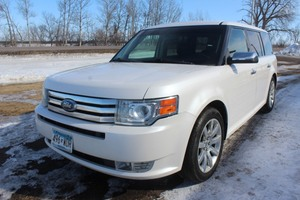 2009 Ford Flex Limited AWD - 2 OWNERS -