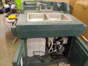 Outdoor Portable Sink on Wheels 41 ...