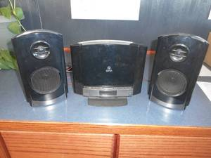 ONN Mini Stereo System CD Player/Radio with Speakers