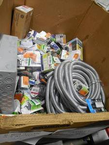 WHOLESALE PALLET LOT OF ELECTRICAL ITEMS - HUGE MONEY!