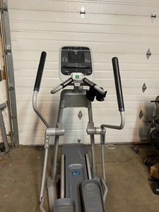 Precor Experience total body elliptical cross trainer