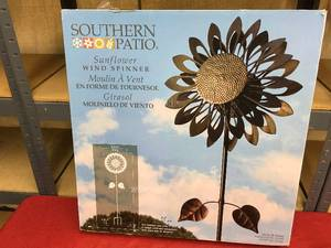 Southern Patio Kinetic Sunflower Wind Spinner, Retail $36.99