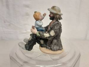 Emmett Kelly Jr. Clown Figurine