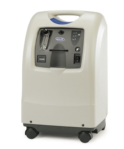 Invacare Perfecto2 V Oxygen Concentrator - Features Invacare SensO2 oxygen monitor designed to reduce unscheduled maintenance ONLY 8400 HOURS EXCELLENT WORKING CONDITION!