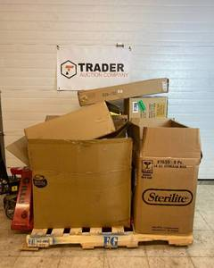 Salvage Pallet/Bulk Lot of Home Decor, Toys, Seasonal and more