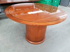 48in. Round Wood Pedestal Conference Table