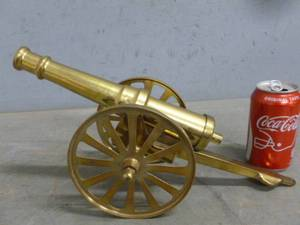 Brass Mantle Cannon