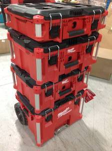 Milwaukee PACKOUT 22 in. Modular Tool Box Storage System in good conditions