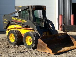 New Holland LS-180 Skid-Loader