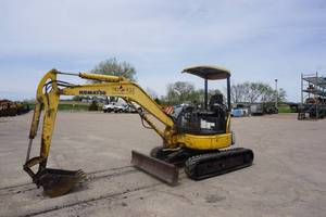 2006 Komatsu Model PC35MR-2 Mini Tracked Excavator