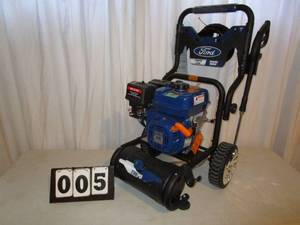 Ford Pressure Washer - 2700 PSI