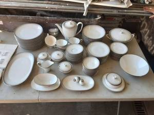 Rosenthal China 3331 Service For 12
