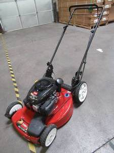 Toro 22 in. Kohler High Wheel Variable Speed Gas Self Propelled Mower, 20378 - Engine seems to be at constant/high Rev.
