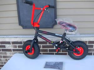 "10"" Genesis Transit MINI BMX Bike, Red -Not used"