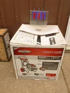 Briggs & Stratton 2200 psi Pressure Washer. Appears new in box. Hasn't had oil put in yet. Untested. As shown.
