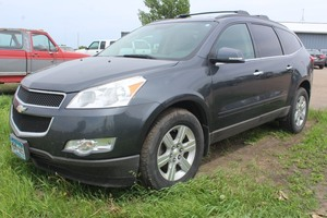 2011 Chevrolet Traverse LT - 2 Owners -