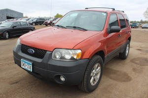 2007 Ford Escape XLT - 2 Owners -