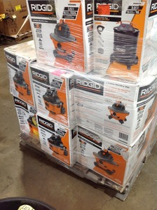 PALLET WHIT ASSORTED RIDGID VACUUMS  MOSTLY ARE IN LIKE NEW CONDITIONS