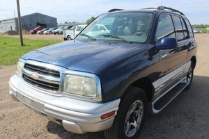 2001 Chevrolet Tracker LT 4x4