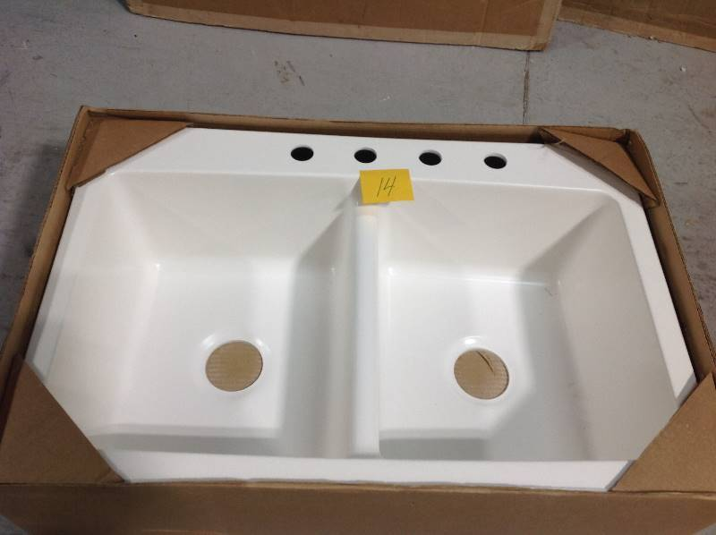 Mont Blanc Bridgeport Dual Mount Composite Granite 33 In 4 Hole Double Bowl Kitchen Sink In White See Photo Damage Kx Real Deals Inver Grove Tools Patio And More K Bid
