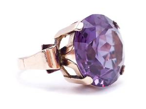 ~13.71 Carat Color Changing Alexandrite Estate Ring in 14k Yellow Gold