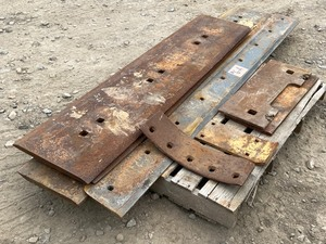 Pallet Lot Of Commercial Steel Cutting Edges