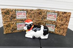 Lot of 4 New Earthenware Ceramic Christmas Cow Cookie Jars With Sound