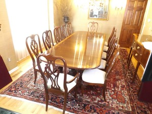 Ethan Allen 12 Person Queen Anne Double Pedestal Mahogany Dining Room Table