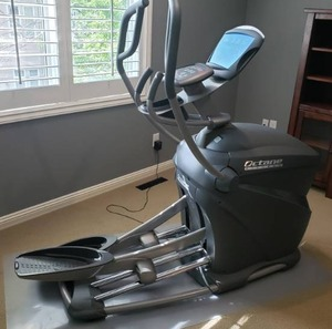 Octane Fitness q37e Elliptical Cross Trainer